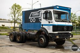 chassis cab truck Mercedes-Benz SK 2527 10 roues chassis-cabine 1992