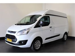 closed lcv Ford Transit Custom 330 2.2 TDCI 125PK L2H2 - Airco - Navi - Cruise - € 10.950,- Ex. 2015