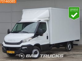 closed lcv Iveco Daily 35 S16 Automaat Bakwagen Laadklep Airco Meubelbak A/C 2018