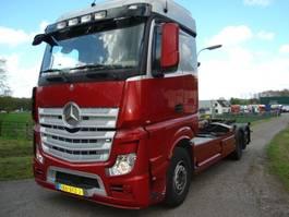 container truck Mercedes-Benz ACTROS 6X2 420PK ACTROS 963-0-C 2015