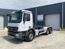 container truck Mercedes-Benz ACTROS 2636 EURO4 HAAKSYSTEEM HIAB