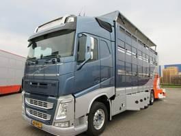 Viehtransporter-LKW Volvo FH420 2014