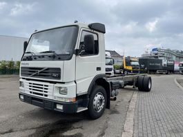 chassis cab truck Volvo FM 9 290 only 95.000 km !!! Like new !!! 2000