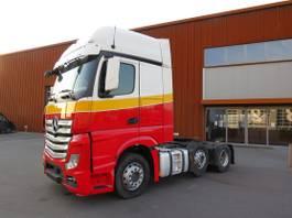 heavy duty tractorhead Mercedes-Benz Actros 2645 6x2 Gigaspace 2014