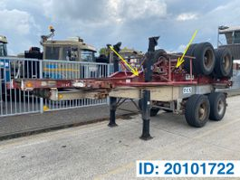 container chassis semi trailer Fruehauf Skelet 20 ft 1978