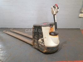 pallet truck Crown WP3020 2017