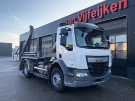 container truck DAF LF 320 4X2 - PORTAL CONTAINERSYSTEM - 84.103 KM!! MANUAL EURO 6 2017