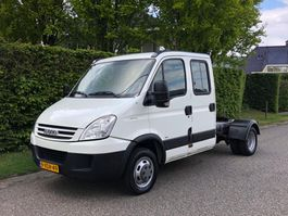 light duty tractor unit - lcv Iveco Daily 40C18 3.0 BE TREKKER Dubbele cabine   Airco  NAP 2009
