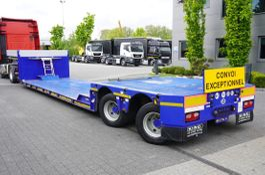 Tieflader Auflieger King lowered semi trailer , 2 hydraulic steer axles , remote control 2010