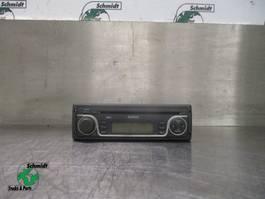 Electronics truck part Iveco EUROCARGO 504251502 RADIO/CD SPELER EURO 5