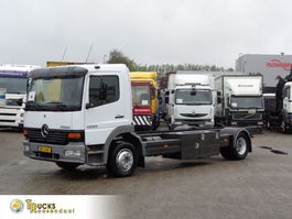chassis cab truck Mercedes-Benz Atego 1223 + 6 cylinder + Airco 2004