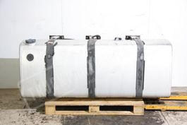 Fuel tank truck part Volvo uel tank with supports Volvo FH