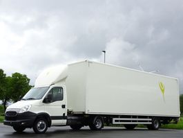 light duty tractor unit - lcv Iveco Daily 35C21 + Beheizter ISO Koffer-Auflieger LBW Klima Euro 5 2014