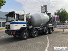 concrete mixer truck MAN 32.342 Full steel - Manual - Mech pump - 9M3 1996