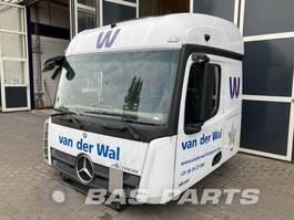cabine truck part Mercedes-Benz Mercedes Actros MP4 StreamSpace L2H2 2015