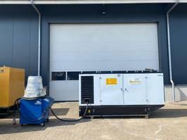 generator Iveco NEF 67 Mecc Alte Spa 150 kva Silent generatorset 2009