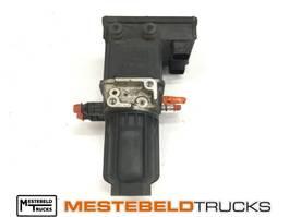 Exhaust system truck part Mercedes-Benz Doseereenheid Ad-blue 2014