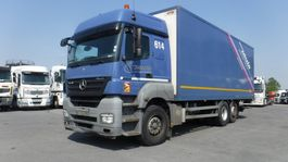 closed box truck Mercedes-Benz Axor 2536 Koffer + Laadklep 2010