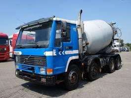 concrete mixer truck Volvo FL 10 FL10-320 8X4 BIG AXEL BETON MIXER 1997