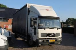 platform truck Volvo 6-220 4X2 AIRCO 2001