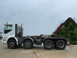 container truck Iveco Traker 8x4 Ampliroll 2005