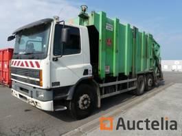 garbage truck DAF CF 75 2002