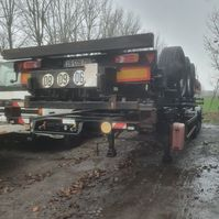 container chassis semi trailer Samro containerchassis 2005