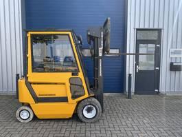 forklift Jungheinrich 2 ton elektrische heftruck triplo sideshift 2000