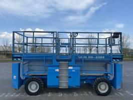 scissor lift wheeld Genie GS-3384 RT / 4X4 / 12 M HEIGHT / GOOD WORKING 2006