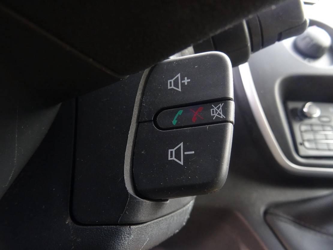 closed lcv Renault 1.5 dCi 90 MAXI AIRCO NAVI 3 ZITPLAATSEN PDC CRUISE SCHUIFDEUR 2016