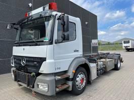 container truck Mercedes-Benz Axor 1824 2010
