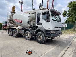 concrete mixer truck Renault Kerax 8x4 MIXER + BELT / MALAXEUR + TAPIS / 2004
