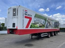 refrigerated semi trailer Jumbo Trideck gestuurd 2 Assen + 1 liftas 2004