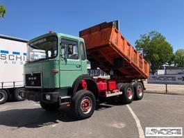 tipper truck > 7.5 t MAN 26.320 Full steel - Manual - Mech pump - 6 cylinder 1979