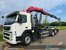 container truck Volvo FM 6x2 Euro5 Haakarm + HMF Kraan 22T 2012