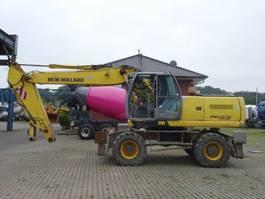 crawler excavator New Holland MH6.6 22.500 kg 2008