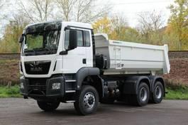 container truck MAN TGS 33 6x4 /Mulden-Kipper