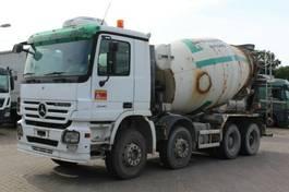 concrete mixer truck Mercedes-Benz 3241 8x4 / Liebherr 9m³ 2006