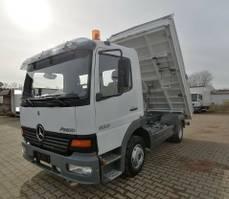 tipper truck > 7.5 t Mercedes-Benz 823 Dreiseitenkipper Meiller AHK 2000