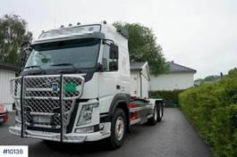 container truck Volvo FM 6x2 Hook lift– Steel suspension 2021