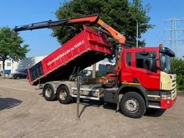 tipper truck > 7.5 t Scania P 6X4 EURO 3 / STEEL SUSPENSION / MANUAL GEARBOX / PALFINGER 15002 2006