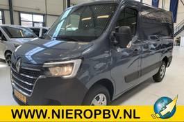 closed lcv Renault Master L1H1  Airco Navi Trekhaak Nieuw 2021