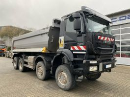 tipper truck > 7.5 t Iveco Trakker AD410TW 8x8 Euro 6 Muldenkipper TOP! 2017