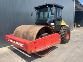 soil compactor Dynapac CA302 2010