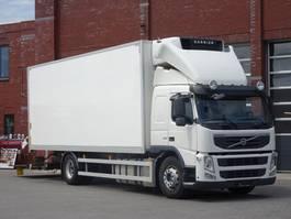 refrigerated truck Volvo FM330 4x2 Frigo Carrier 950 MT Supra -  Sleepercab- I shift - Full air - Loadlift - Low km 2012