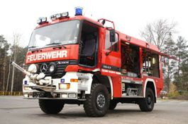 chassis cab truck Mercedes-Benz 1843 4x4 ALLRAD EXPEDITION Expeditionsmobil . 1998