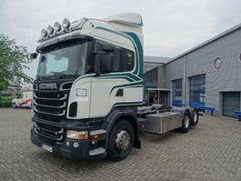 chassis cab truck Scania / MANUAL / 10 WHEELS / EURO-5 / 2011 2011