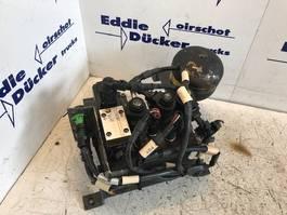 Steering system truck part DAF CF 75 1450336-1981282 ACCUMULATORKLEP (IV)/CF85(IV)/XF95/XF105