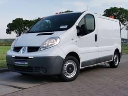 closed lcv Renault 2.0 DCI werkplaatsinrichting 2014