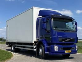 closed box truck Volvo FL 240.18 ton. Aut. 2013
